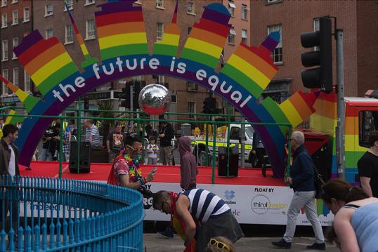 File source: https://commons.wikimedia.org/wiki/File:DUBLIN_2015_LGBTQ_PRIDE_FESTIVAL_(PREPARING_FOR_THE_PARADE)_REF-106215_(19236744522).jpg