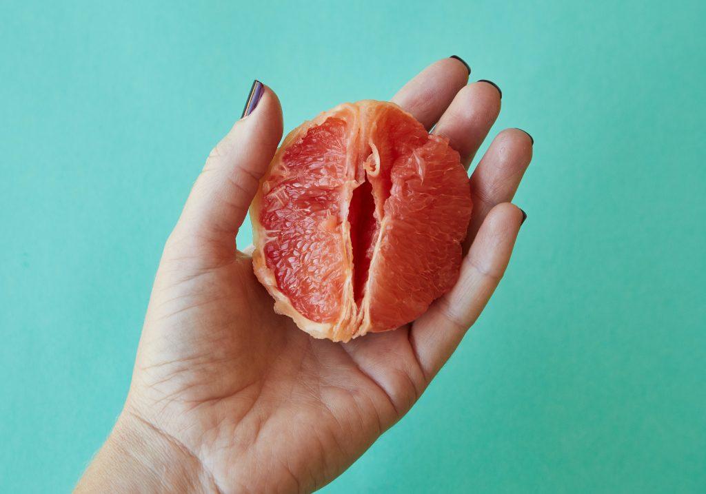 Half a grapefruit that resembles a vagina.